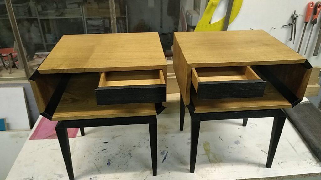 Meubles sur mesure Annecy, tables de chevet, meuble design, chêne massif et chêne brûlé