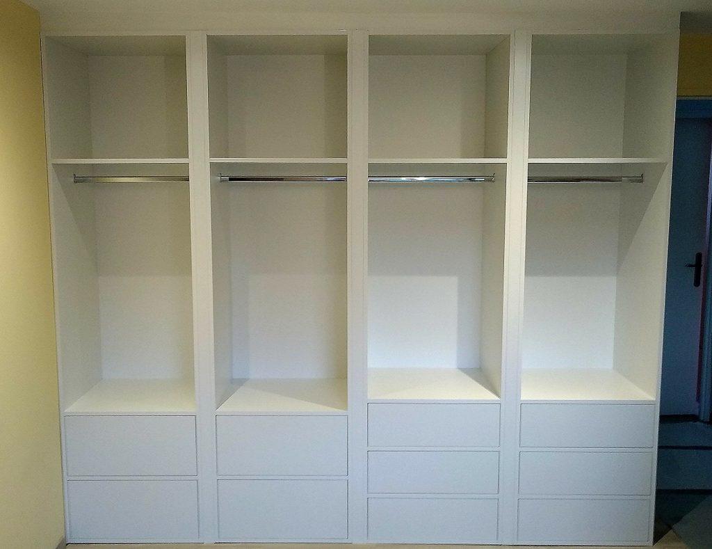 Agencement de mobilier Annecy, dressing mélaminé blanc avce tiroirs